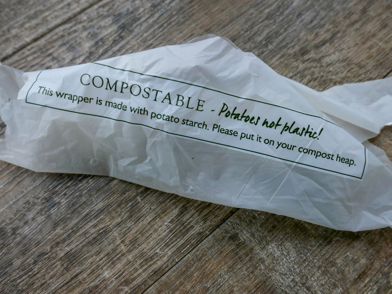 Kompostierbare Tüte aus Kartoffelstärke.